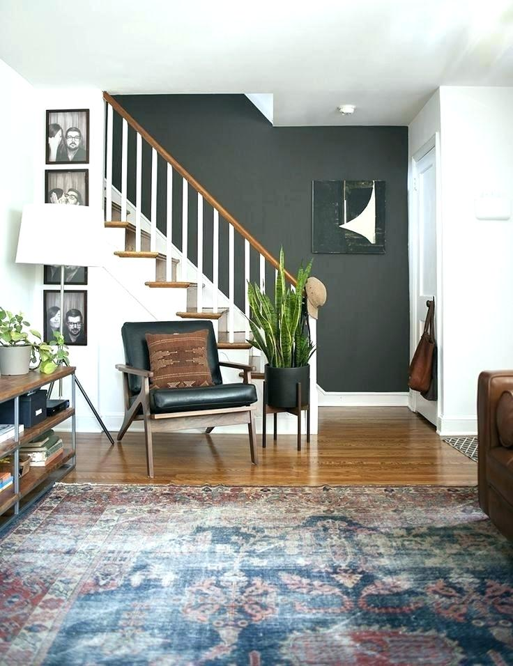 green wall stairs
