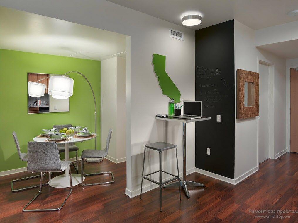 green accent walls